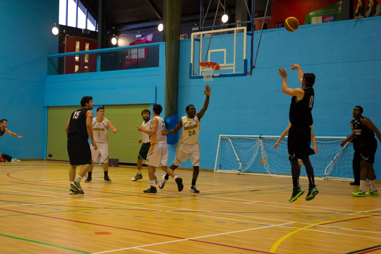 Leeds Beckett's score one of many three-pointers