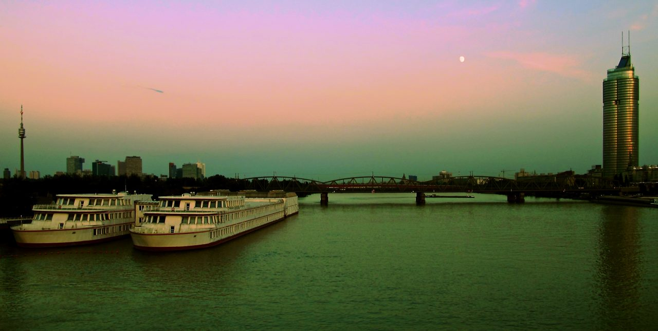 Dusk over the Danube. Photo by Hedd Thomas.