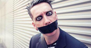tape-face