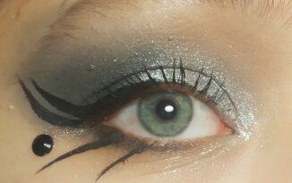 Makeup Tutorial: Glam Goth