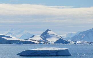 Ex-Bangor University Professor honoured among Arctic explorers